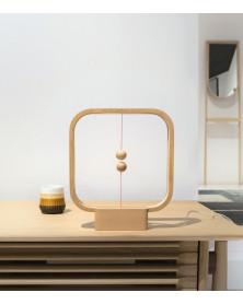 Lampe Heng Balance Carrée en bois